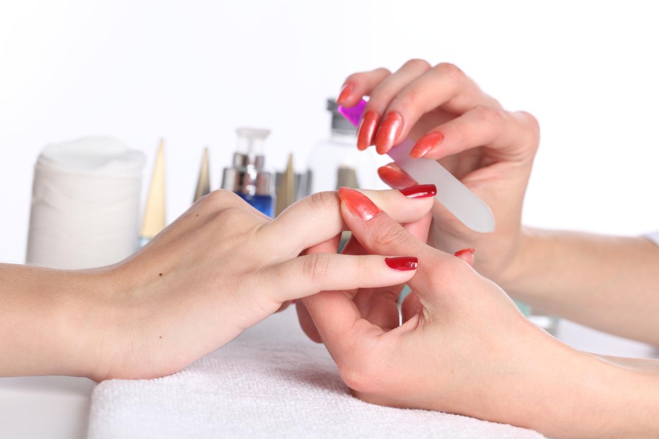 Dr oz nail salon dangers of manicures pedicures fungus for About salon services
