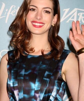 Anne Hathaway: July 12 2012 Talk Shows