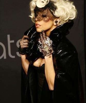 Fashion Week: Kardashian Kollection, Gaga Fame Perfume & Nicole Richie