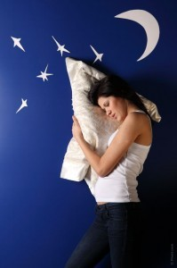 Dr. Oz discussed ways to improve your sleep through a sleep curfew on his show on January 28, 2015.