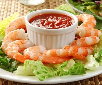 Dr. Oz talked to Sandra Lee, who made some great recipes on the show, including a Shrimp Ring with Pink Grapefruit Cocktail Sauce recipe. (MSPhotographic / Shutterstock.com)