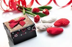 Last Minute Valentine Crafts & Valentine's Day YouTube Challenge