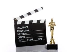 Oscar Party Ideas, Edible Glitter Review & Movie Themed Playlist