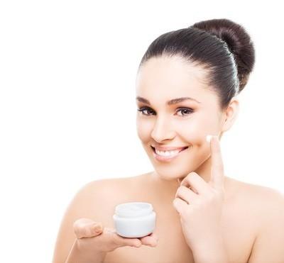 Skin Cream Reviews, Stylish Summer Swimwear + Removing Sweat Stains