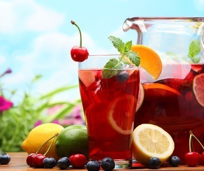 Dr Oz Healthy Strawberry Sangria Recipe & Sunburn Home Remedy